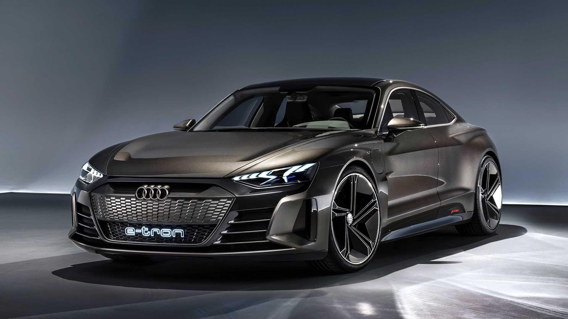 Audi set to introduce A4-sized full-electric sedan ...